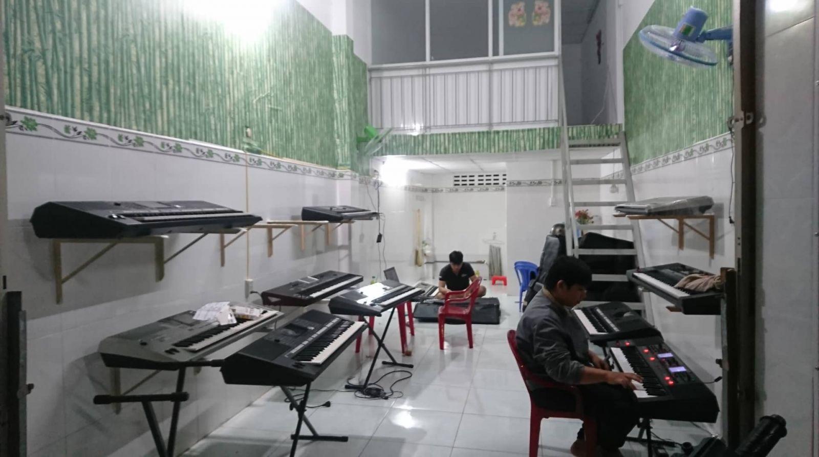 mua bán dạy đàn organ ở long an